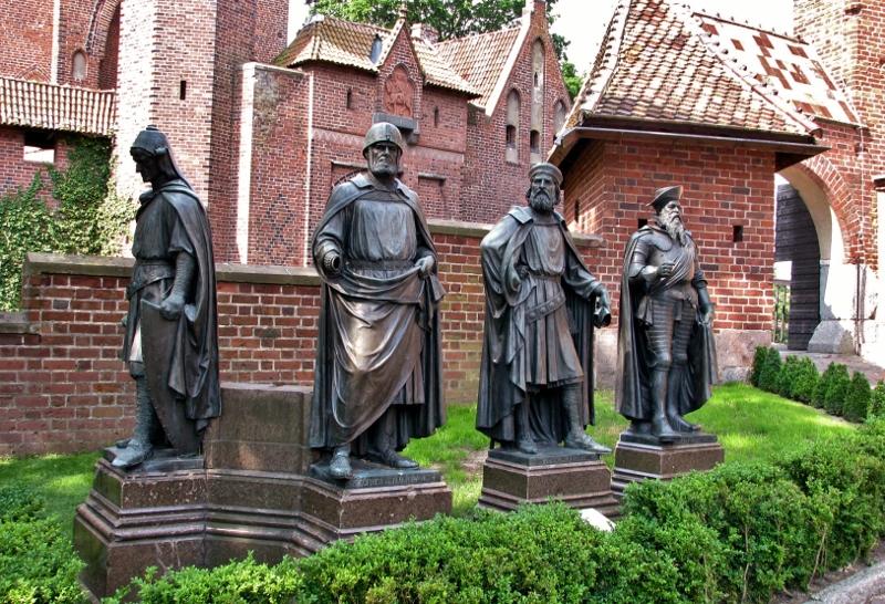 Malbork_Marienburg_vier_Hochmeister