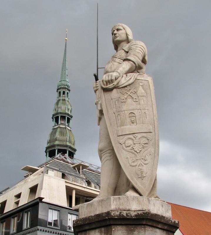 Riga_Roland_Rathausplatz